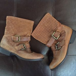 Steve Madden | buckle mesh slouch brown booties